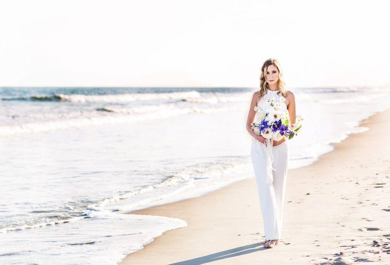 ea827b096adf84cb 1489524560025 beach bride portrait photo corina silva photogra