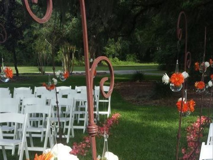 Tmx 1534697806 114c0fe4c751617b 1534697804 105cb11ff44b422a 1534697785885 33 54 Gainesville wedding planner