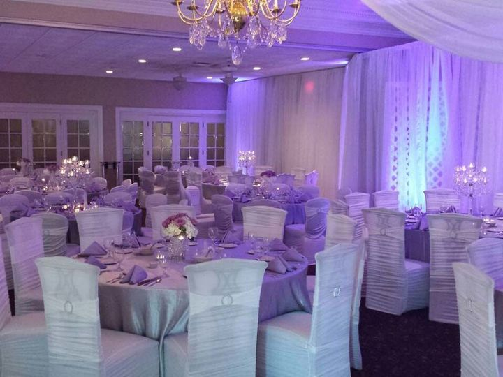 Tmx 1534697817 Fa7b1e7477a47f66 1534697816 C0d22903a6f52b25 1534697785909 60 99 Gainesville wedding planner