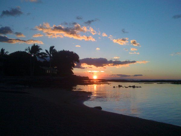 World renowned Hawaii Sunsets-just for your special occasion.