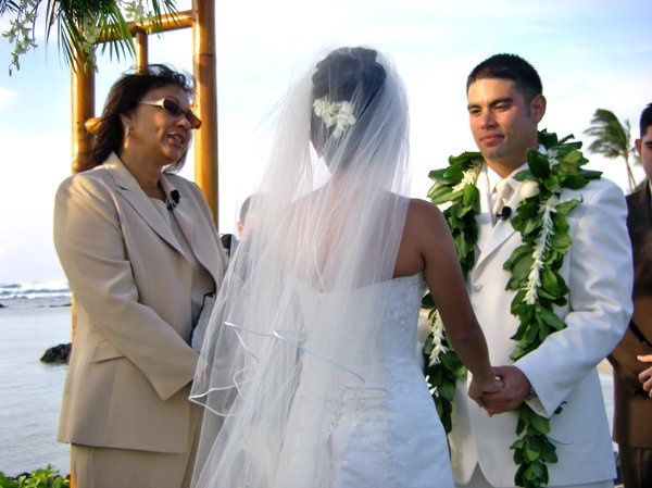 hawaii big island weddingspastor lani larrua officiant waikoloa hi weddingwire