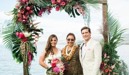 Hawaii-Big Island Weddings/Pastor Lani Larrua 1