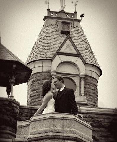 Wedding couple in Belvedere Castle, Central Park, New York. Kim Coccagnia, Photographer