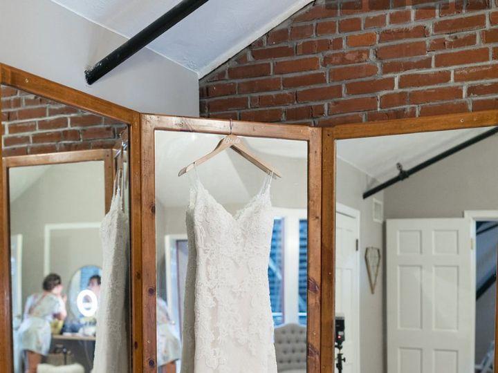 Tmx 2018 09 2112 18 24 Ericarobsweddingbyashleyicephotography 51 34078 Lawrence, KS wedding venue