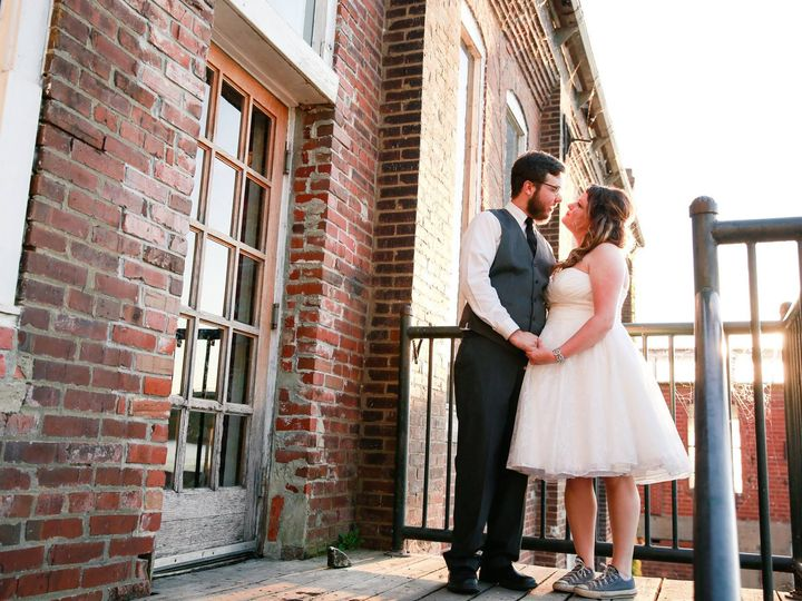 Tmx 37883053 1763609683694823 7360630521417695232 O 51 34078 Lawrence, KS wedding venue
