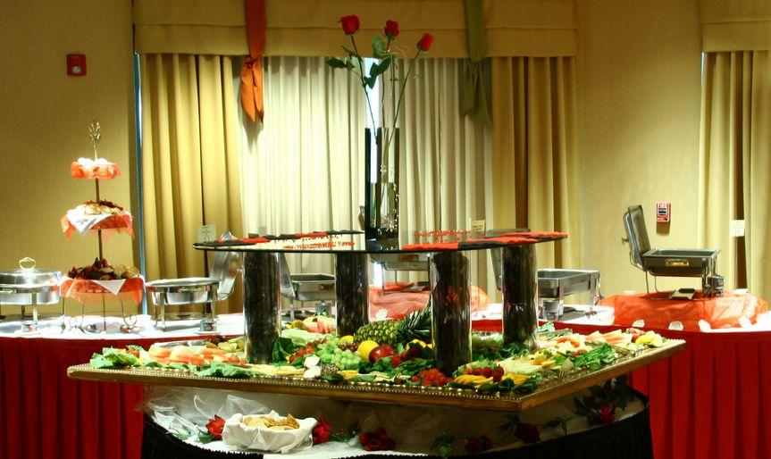 473c9205c18c954f Wedding ballroom buffet 2