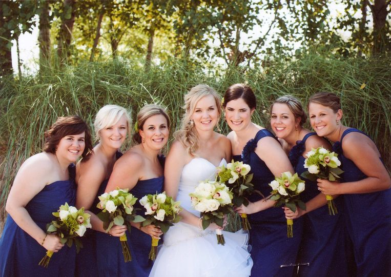Melissa and her bridesmaids