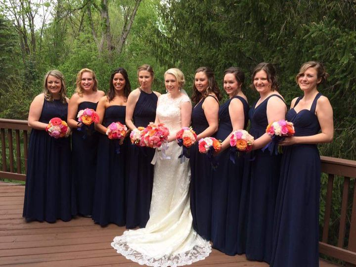 Lisa Paige and her bridesmaids