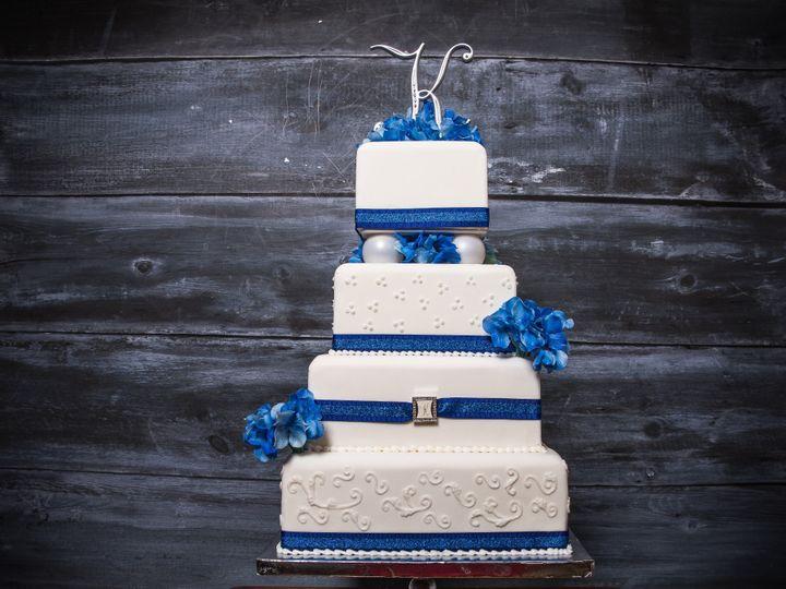 Tmx 25 51 1067078 158208838136028 Bloomington, MN wedding cake