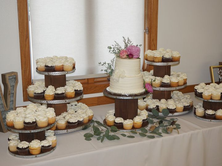 Tmx Dsc00319 51 1067078 158292155223457 Bloomington, MN wedding cake