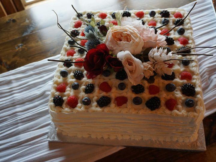 Tmx Dsc00370 51 1067078 158292244914094 Bloomington, MN wedding cake
