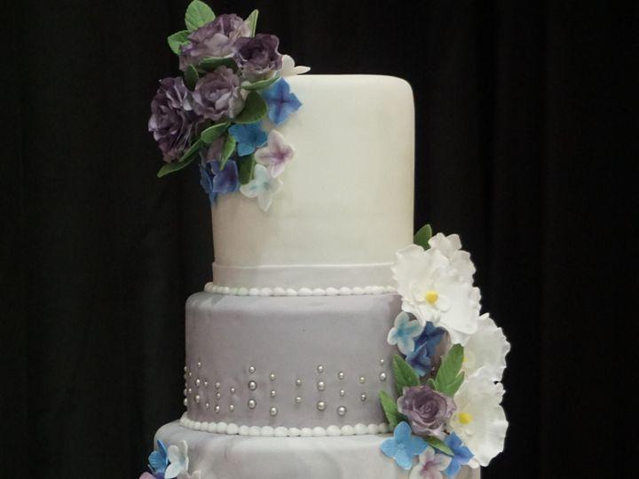 Tmx Dsc00425 51 1067078 158292279954497 Bloomington, MN wedding cake