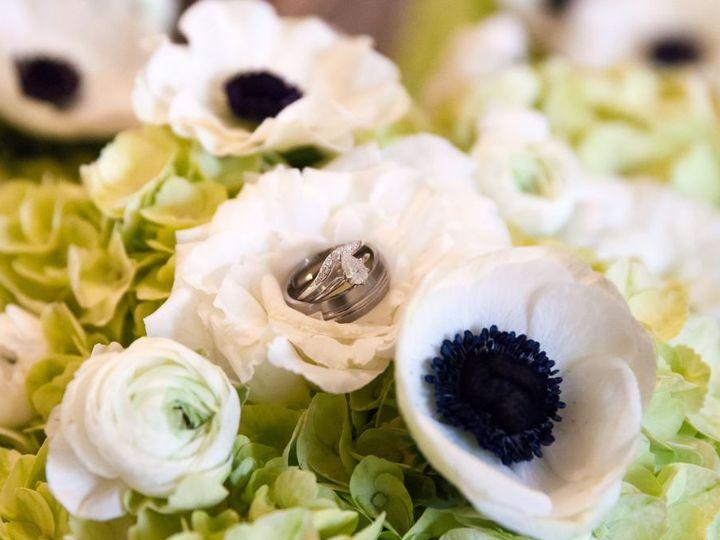 Tmx 1529194716 56783bef41db1185 1529194715 B5bfeed4d2bf138d 1529193981840 7 Dunmire Han Bouq 2 Federal Way, WA wedding florist