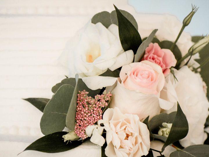 Tmx 1535504939 12506bd8549089f2 1535504937 C5e17ed49ea62e5a 1535504125092 7 Rider6 Federal Way, WA wedding florist