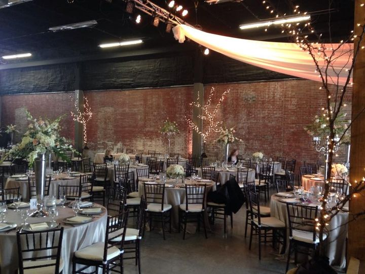 The old glass place venue springfield mo weddingwire 800x800 1439996600272 104085555337783000964377077776414475437715n 800x800 1439996604067 19597165283195973089741879057405541370449n junglespirit Images