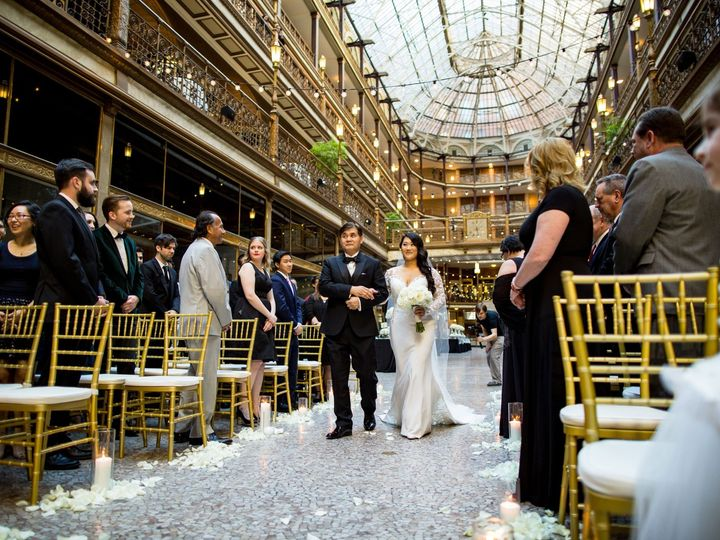 Tmx Hyatt Regency Cleveland Aisle Walk 51 120178 158274377292338 Cleveland wedding venue