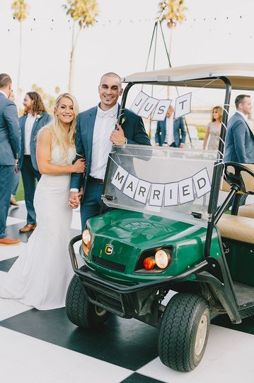 Rollin' in to your reception in style!