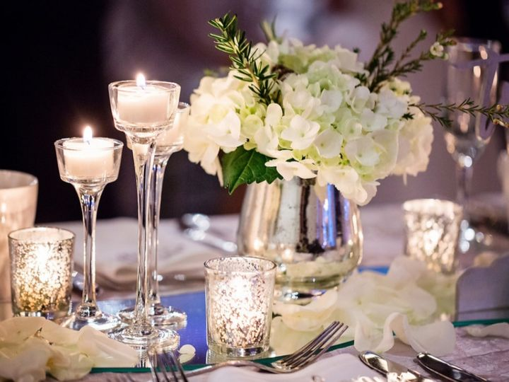 Tmx 20191222 224032 51 622178 160557687699286 Lathrup Village, MI wedding florist