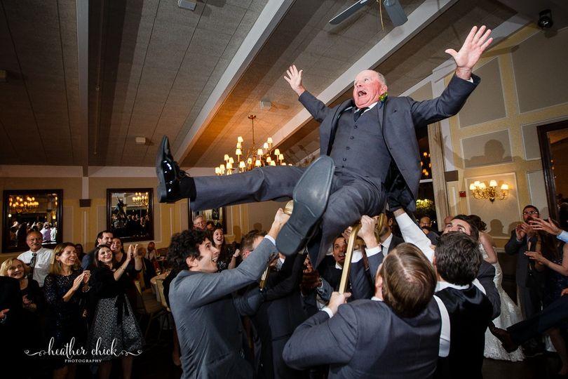 oakley country club wedding ma wedding photographer heather chick photography 168 51 103178 1562110106