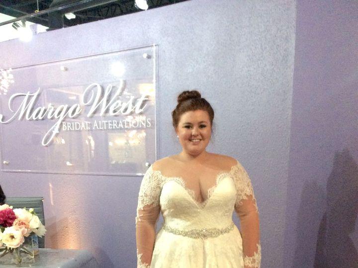 Tmx 1518623209 9b8a631c3e13a425 IMG 2501 Dallas wedding dress