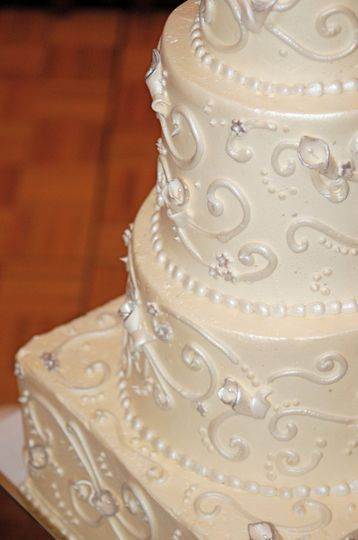 SatinWeddingCake