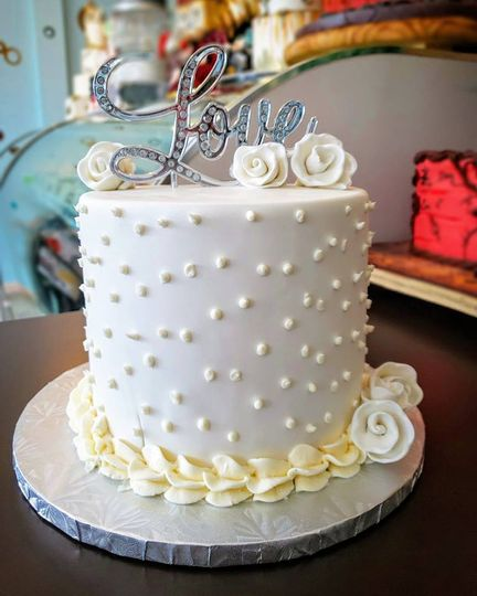small wed cake 51 76178