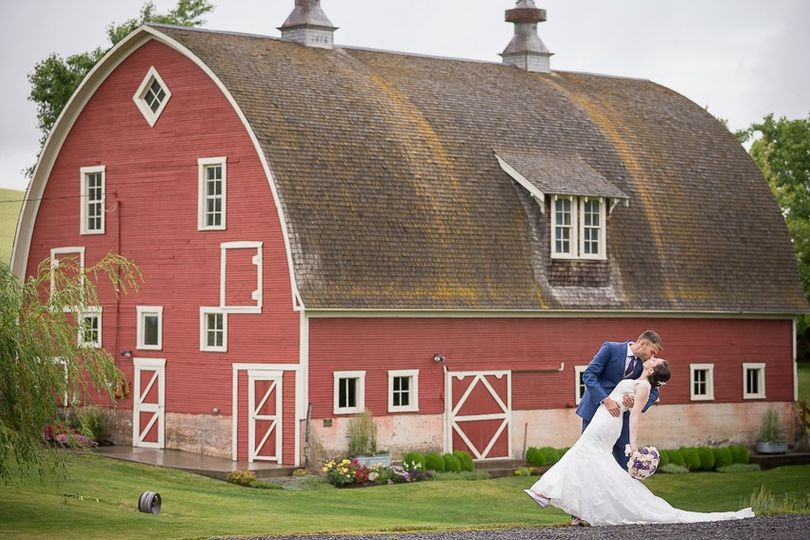 Couple by a rustic barn - Memory Montage Photography