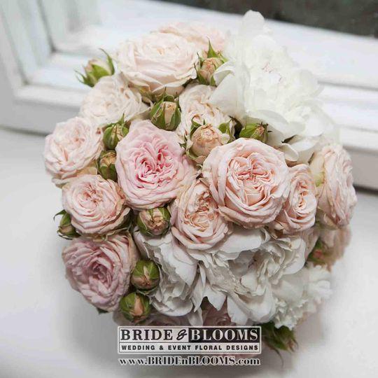 Wedding Wire Flowers: Bride & Blooms