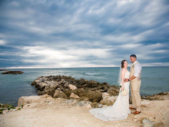 Tmx 1521567340 A8c4969de9d48a17 1521567339 F818b05ba97897d8 1521567323490 15 Miami Wedding Pho Miami, FL wedding photography