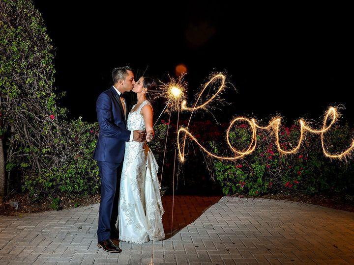 Tmx 1521567351 80e26e790d4cbbcd 1521567349 Ba478ce540b40f21 1521567323519 29 Night Wedding Pho Miami, FL wedding photography