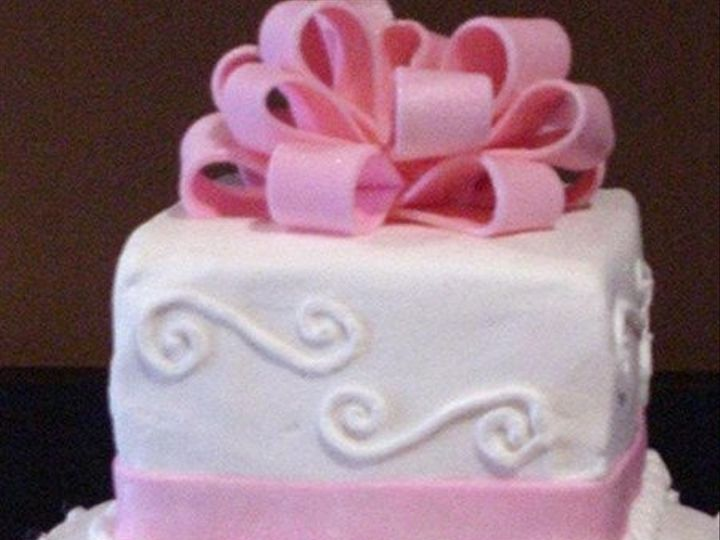Tmx 1313954337268 Diamondsandswirls2 Wentzville wedding cake