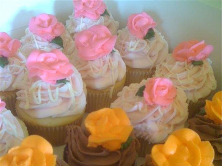 Tmx 1313954428621 Roses Wentzville wedding cake