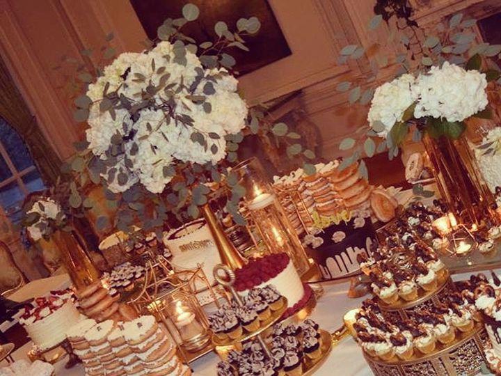 Tmx 1531091205 7aee5d9a48f322b3 1531091204 6aa0107816f1bff9 1531091204107 2 IMG 4085 Pawtucket, RI wedding cake