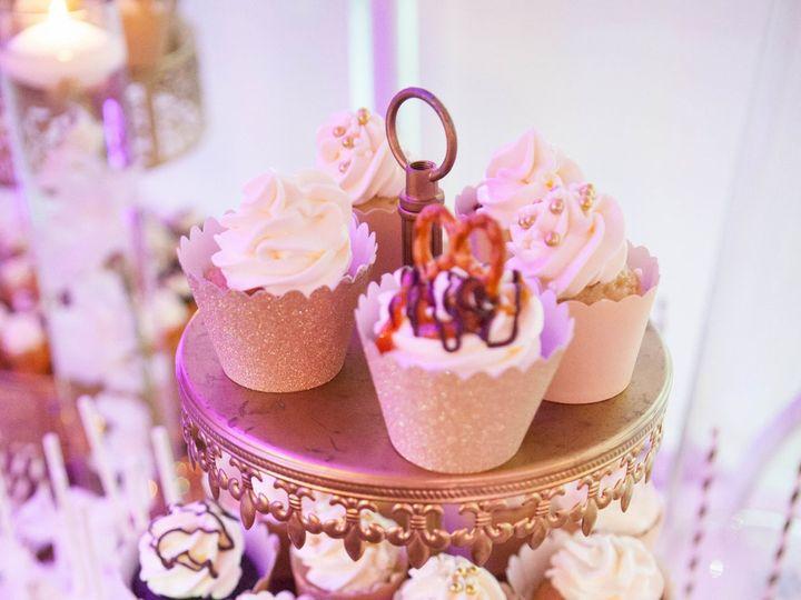 Tmx 1531091377 D4d6bc9c64170af4 1531091374 7a4d279bf3a9160f 1531091366327 5 IMG 2278 Pawtucket, RI wedding cake
