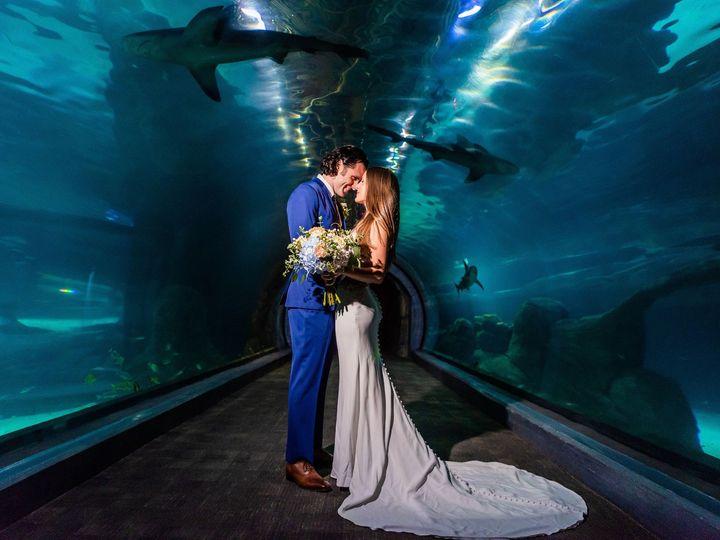 Tmx 06 Couplesportraits 67 51 75278 1569874515 Cherry Hill, NJ wedding florist