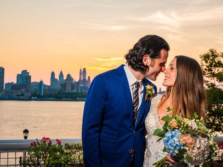 Tmx 06 Couplesportraits 83 51 75278 1569874513 Cherry Hill, NJ wedding florist