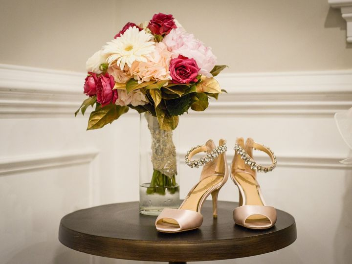 Tmx 40241043 2001040483268555 4166481098777296896 O 51 75278 1569874476 Cherry Hill, NJ wedding florist