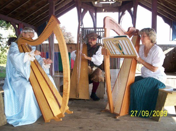 Reuben performing with his students in the Pavilion at the Minnesota Renaissance Festival.