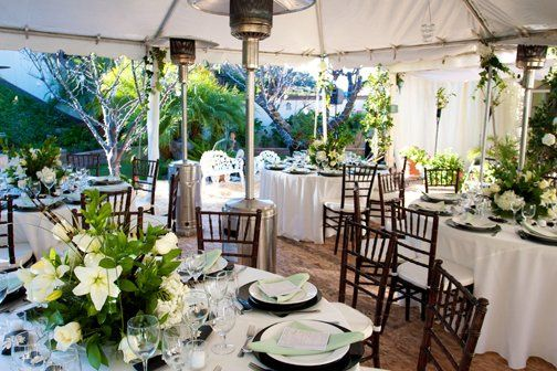 Outdoor winter reception in San Diego.  Photography by Bergmann Photography