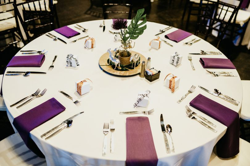 Table setting Reilly's
