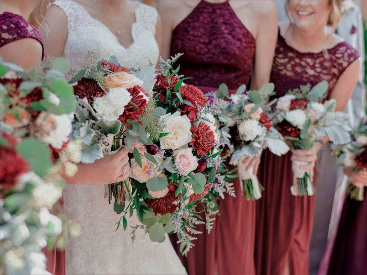 Tmx Bride And Maids Closeup 51 997278 Knoxville, TN wedding florist