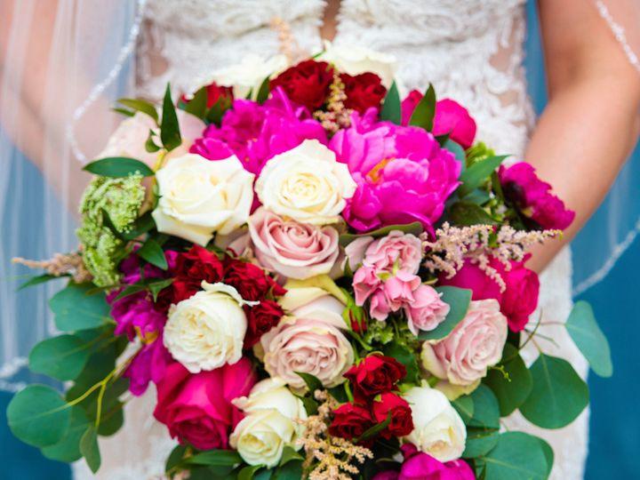 Tmx Cropped Close Up Bouquet 51 997278 159404364682952 Knoxville, TN wedding florist