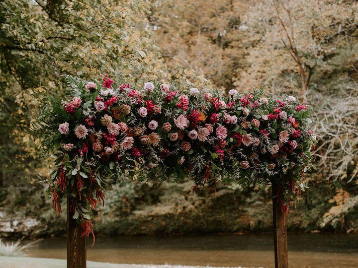 Tmx Dsc 0397 51 997278 160481315119610 Knoxville, TN wedding florist