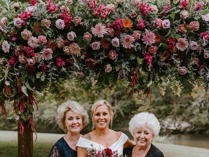 Tmx Dsc 0958 51 997278 160481321792161 Knoxville, TN wedding florist