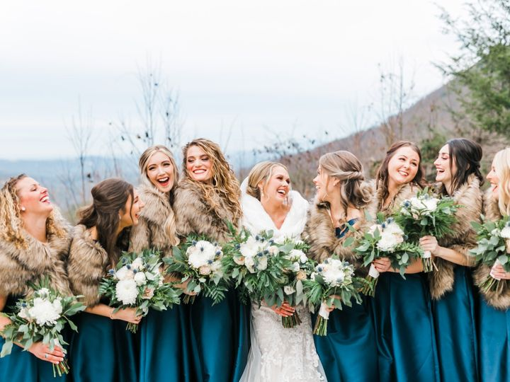 Tmx Laughing Bride And Maids 51 997278 157972892196286 Knoxville, TN wedding florist