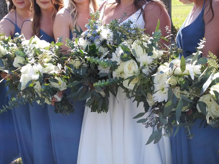 Tmx My Photo Of Bouquets At Wedding 51 997278 158377420241643 Knoxville, TN wedding florist