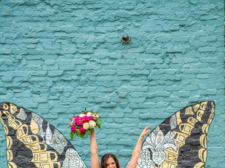 Tmx Sneak Peak 25 Zf 1052 11443 1 009 51 997278 159400431481391 Knoxville, TN wedding florist