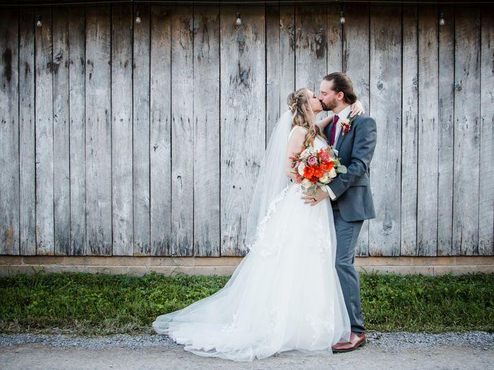 Tmx Winsteadwedding 211 51 997278 V3 Knoxville, TN wedding florist
