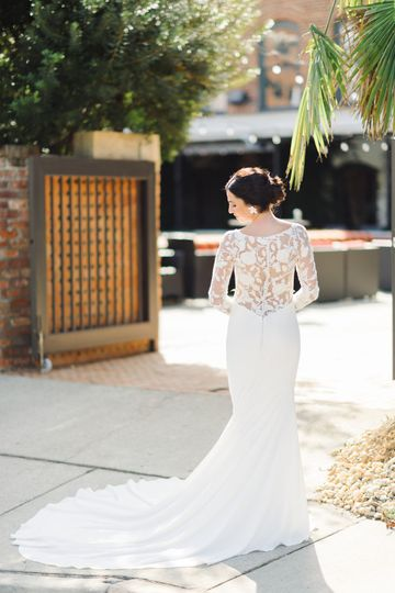 Back details of the wedding gown | Kelsey Nelson Photography