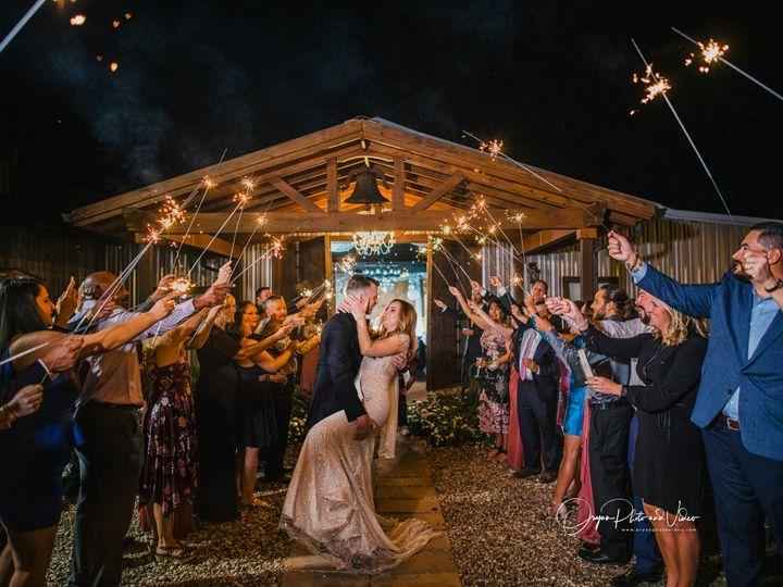 Tmx  Q5a9826b Copy 51 790378 160222540467654 Cypress, TX wedding photography